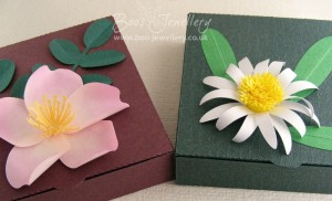 I've also designed the cut file for these shallow boxes, suitable for jewellery.