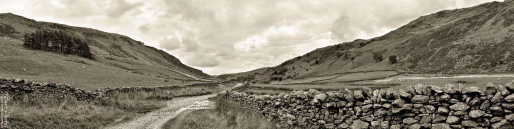 I wasn't sure that the colour version of this pano worked very well, the light had been so flat and dull that day, so I tried it in black and white.