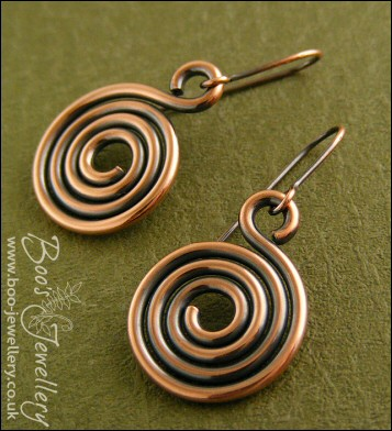 Chunky antiqued copper spiral earrings
