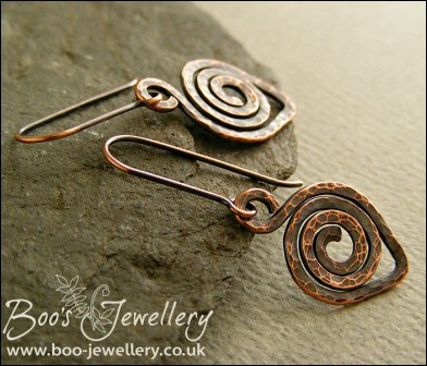 Hammered texture leaf spiral dark copper earrings