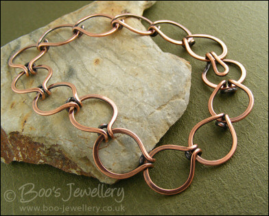 Antiqued copper interlocking round link bracelet